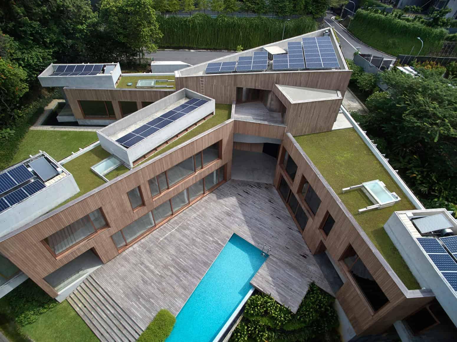 Tsao & McKown Architects Design a Green Home in Singapore