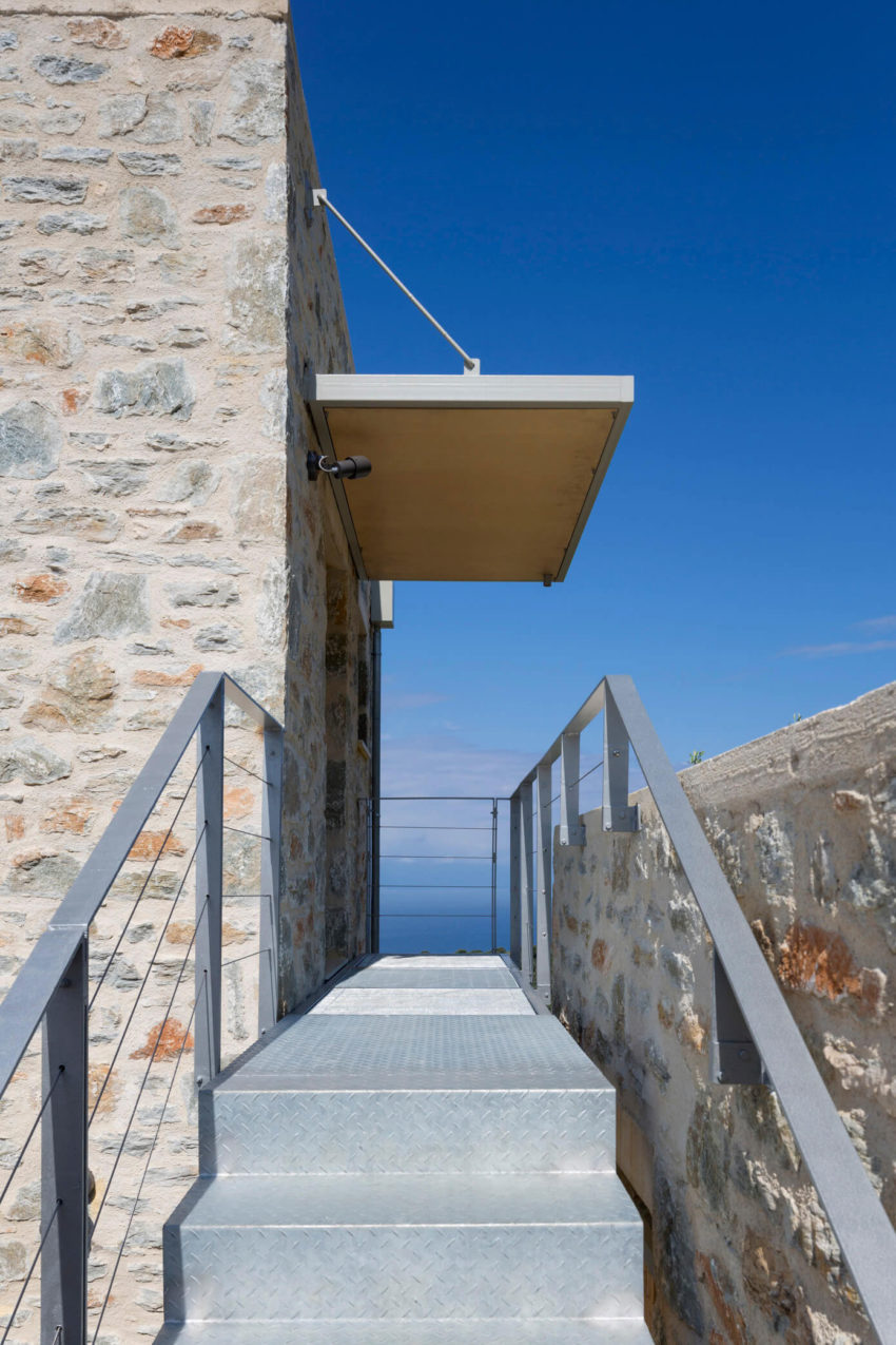 Atrium Villas by HHH Architects (12)