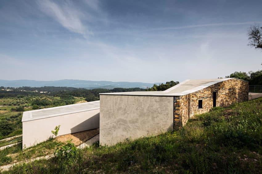 Casa na Gateira by Camarim Arquitectos (5)