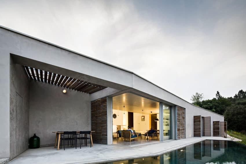 Casa na Gateira by Camarim Arquitectos (10)
