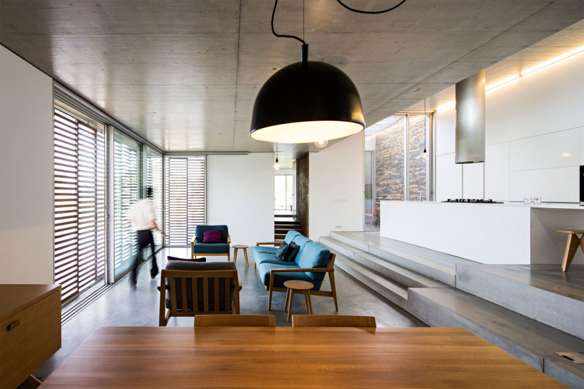 Casa na Gateira by Camarim Arquitectos (12)
