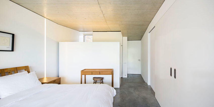 Casa na Gateira by Camarim Arquitectos (19)
