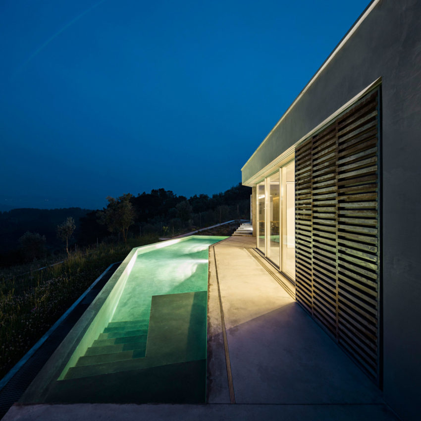 Casa na Gateira by Camarim Arquitectos (24)