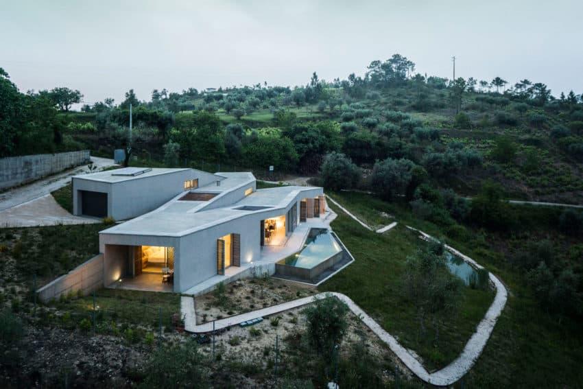 Casa na Gateira by Camarim Arquitectos (27)