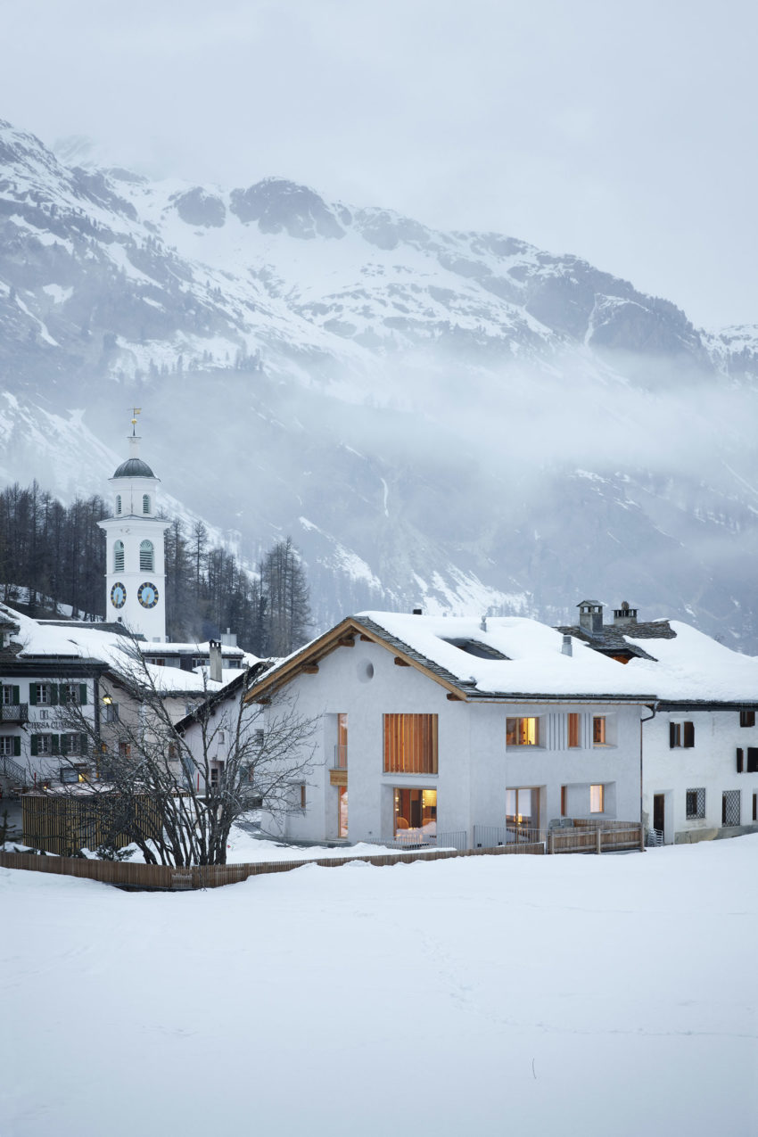 House Renovation in Sils im Engadin by Ruinelli AssArch (1)