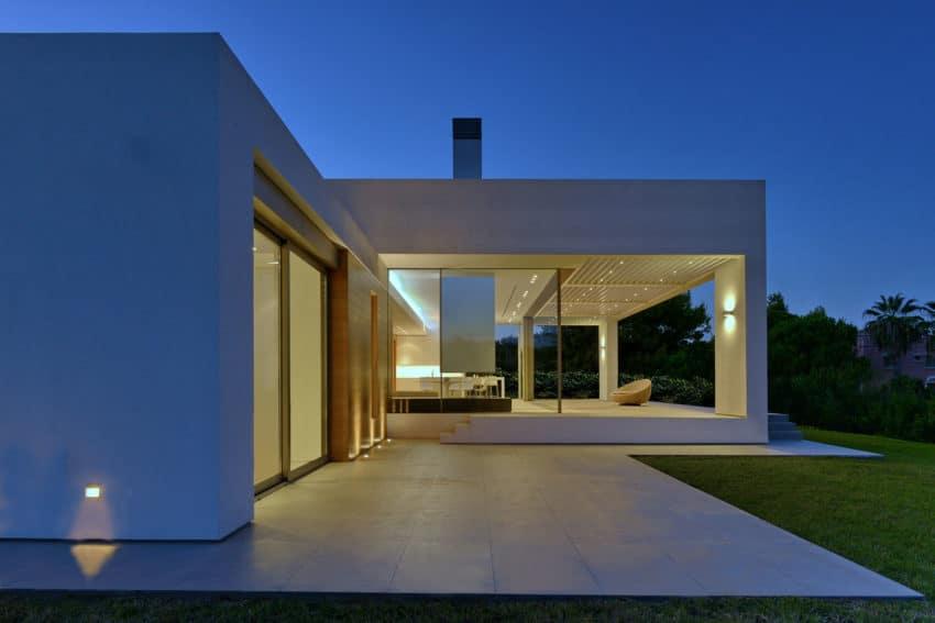 House in Zakynthos by Katerina Valsamaki Architects (15)
