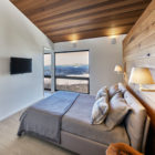 Laurentian Ski Chalet by Robitaille.Curtis (10)