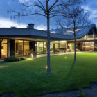 Modern House by SBM Studio (20)