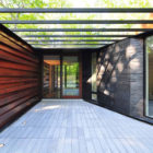 Pleated House by Johnsen Schmaling Architects (1)