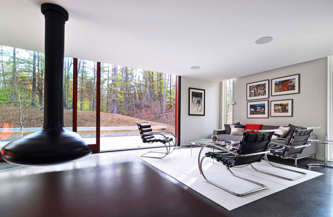 Pleated House by Johnsen Schmaling Architects (6)