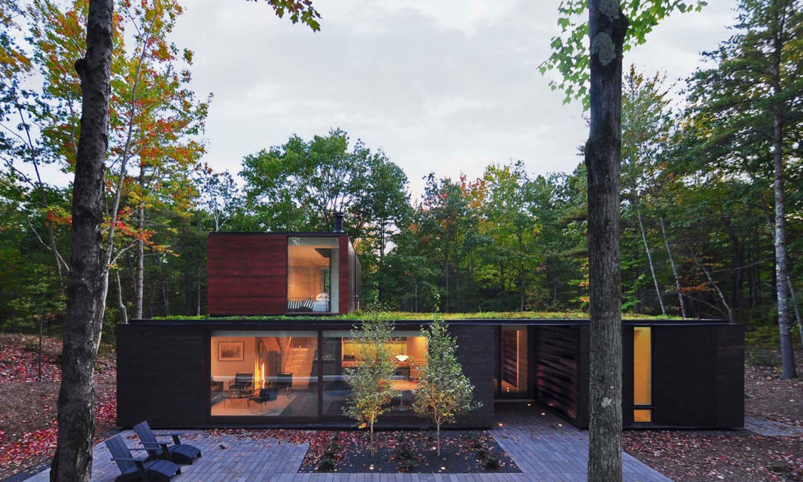 Pleated House by Johnsen Schmaling Architects (10)
