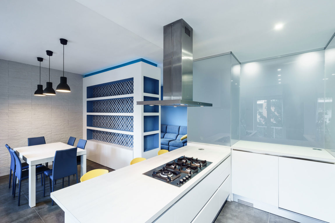 Prismatic Blue Apartment by Brain Factory (8)