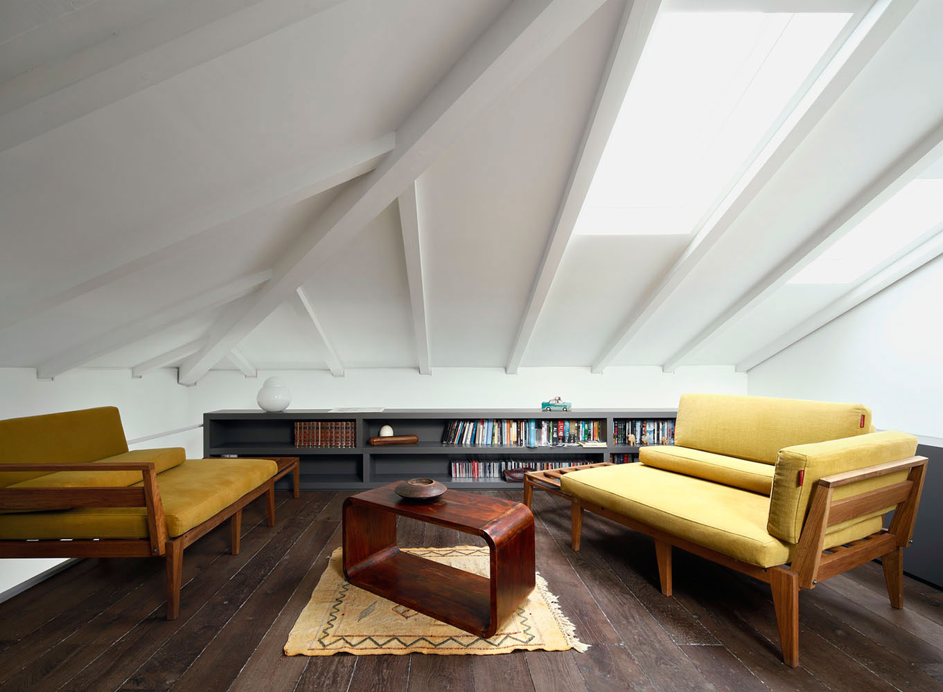 Westway Architects & Stefano Pavia Architect Work Together to Create a Private Residence in Milan