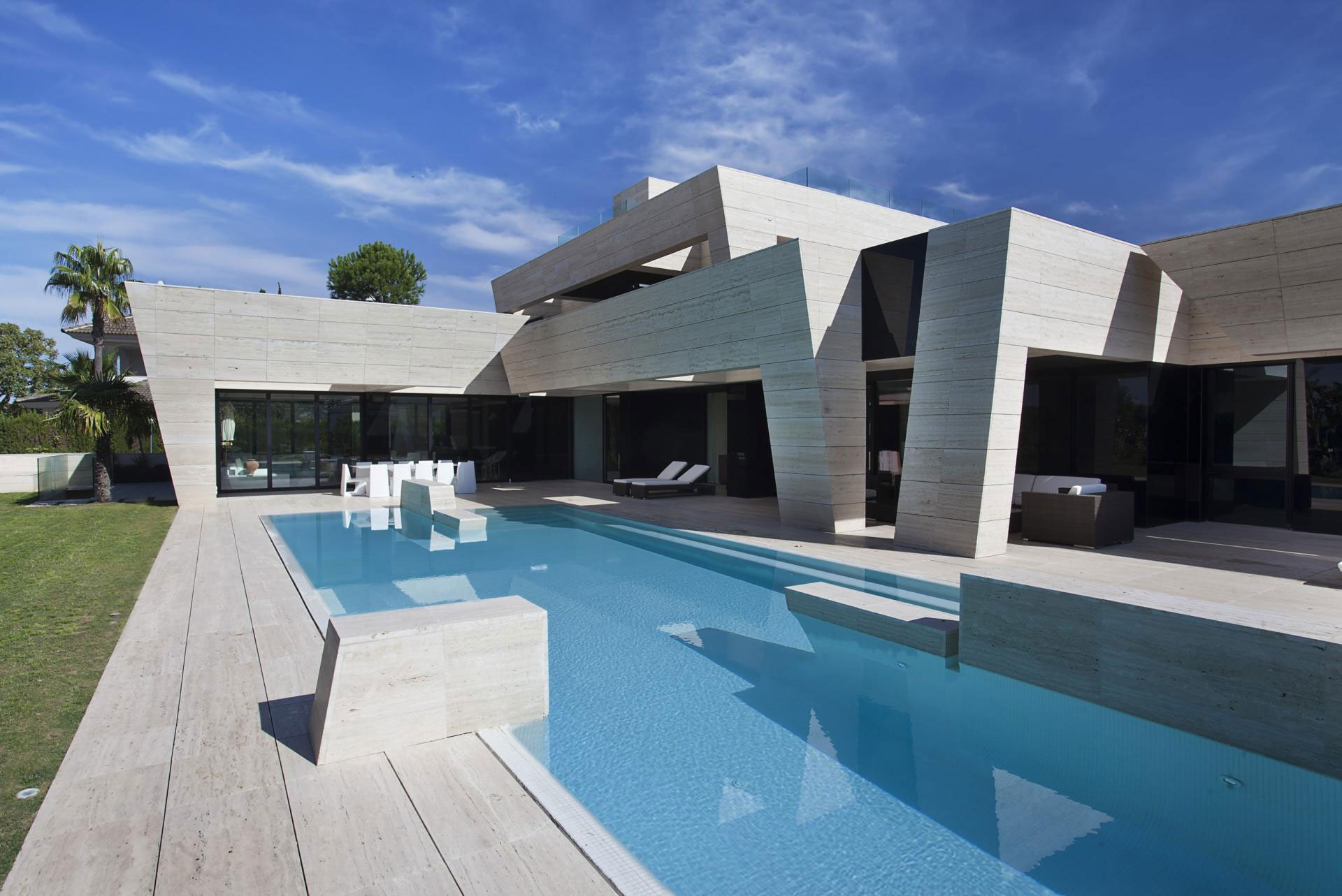S.V. House by A-cero (2)