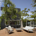 Shou Sugi Ban House by Schwartz and Architecture (3)
