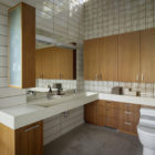 Shou Sugi Ban House by Schwartz and Architecture (22)