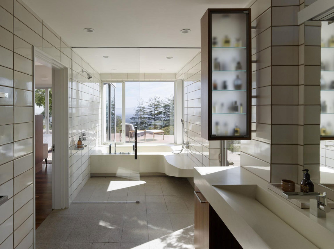 Shou Sugi Ban House by Schwartz and Architecture (23)