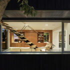 Shou Sugi Ban House by Schwartz and Architecture (26)