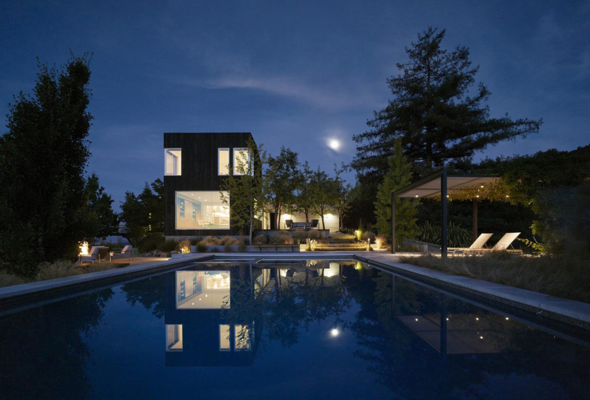 Shou Sugi Ban House by Schwartz and Architecture (30)