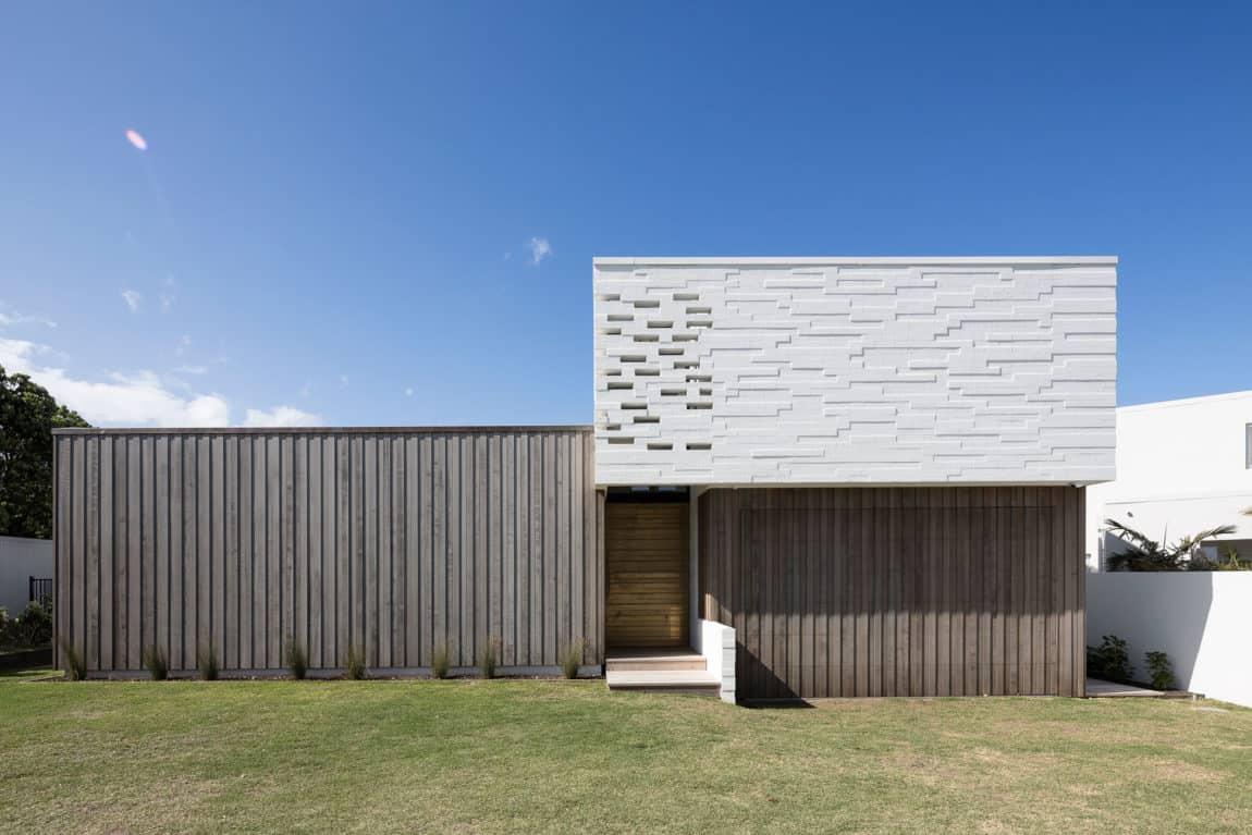 Tuatua House by Julian Guthrie (1)