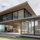 Tuatua House by Julian Guthrie (3)
