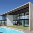 Tuatua House by Julian Guthrie (5)