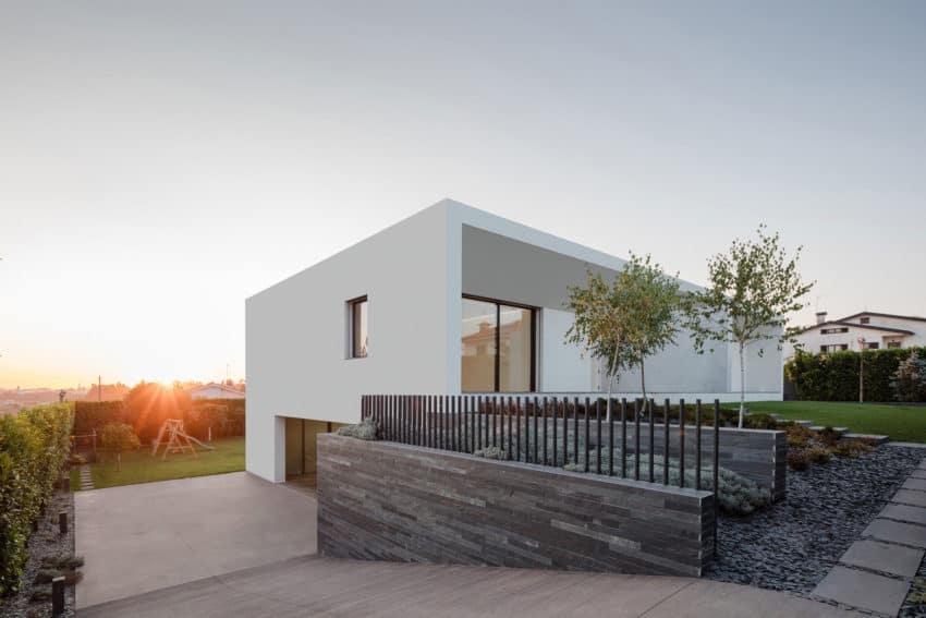 Vila do Conde House by Raulino Silva Arquitecto (1)