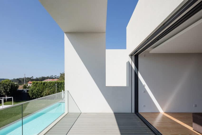 Vila do Conde House by Raulino Silva Arquitecto (5)