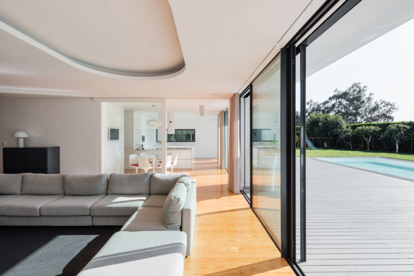 Vila do Conde House by Raulino Silva Arquitecto (8)