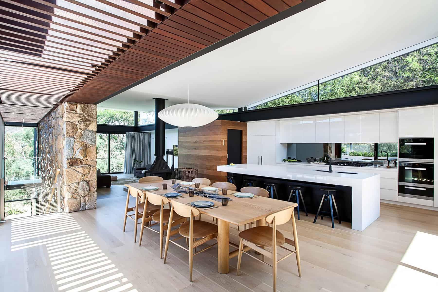 Alexandra Buchanan Architecture Designs a Spacious Contemporary Home in Melbourne, Australia