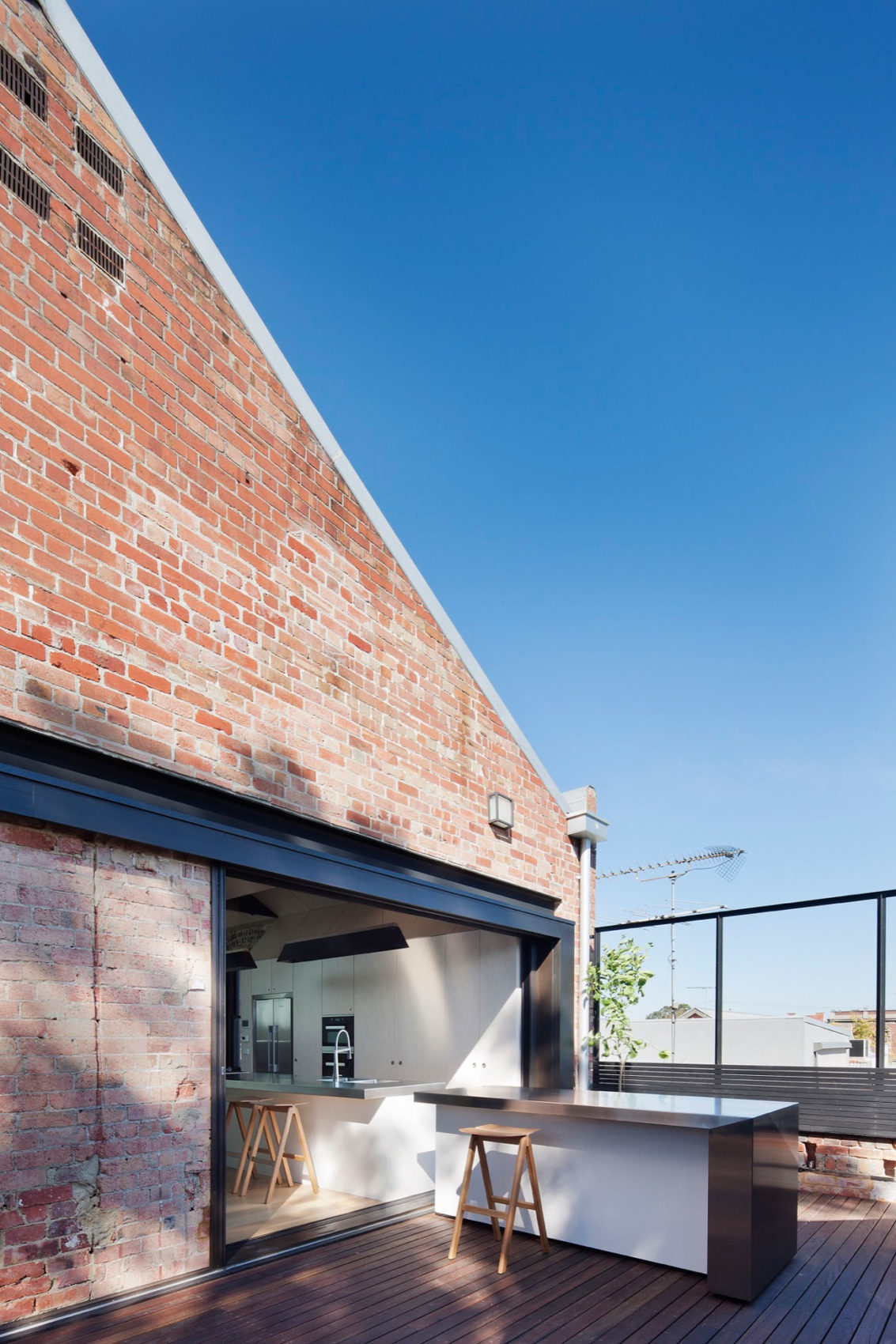 Water Factory by Andrew Simpson Architects (2)