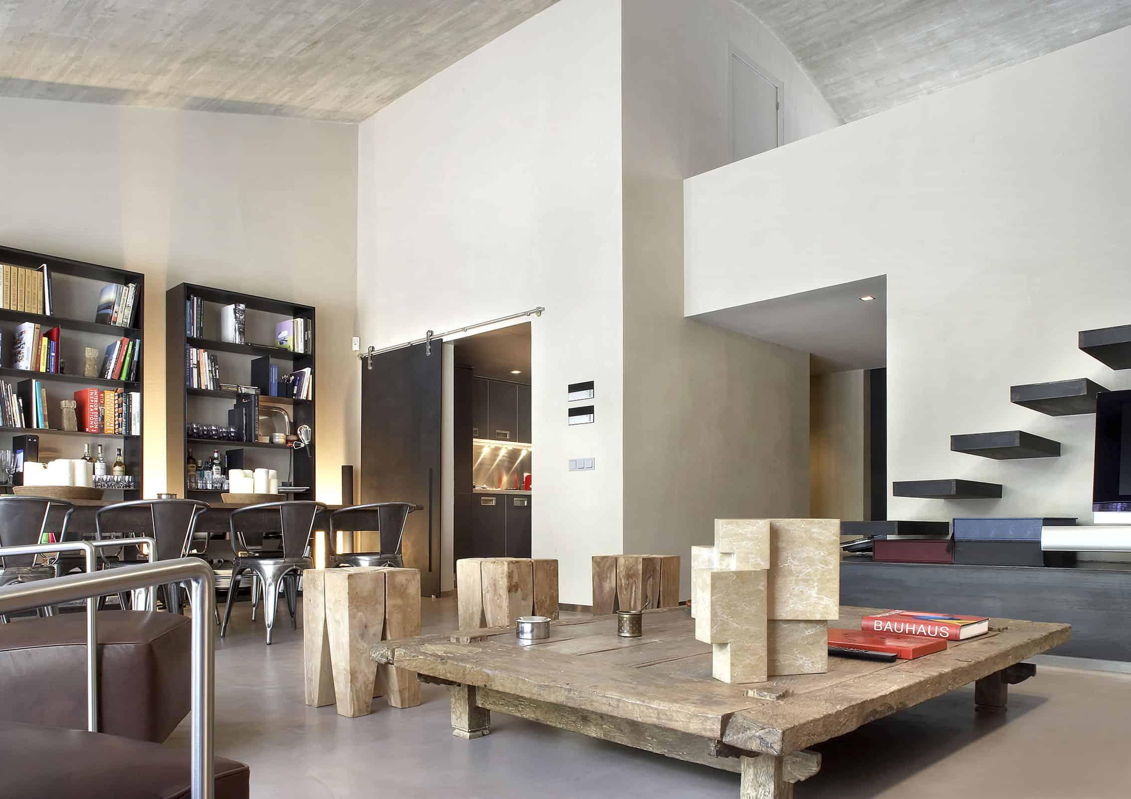 GCA Architects Design a Contemporary Apartment in Barcelona