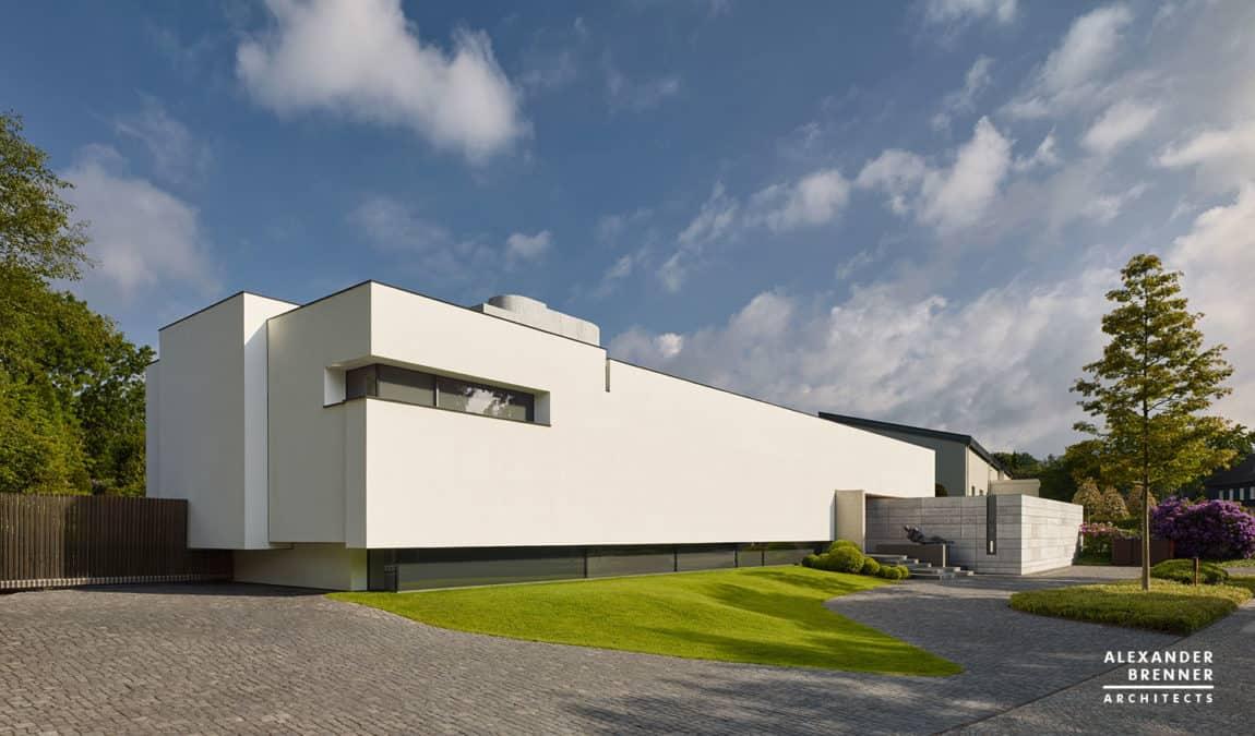 Bredeney House by Alexander Brenner Architects (1)