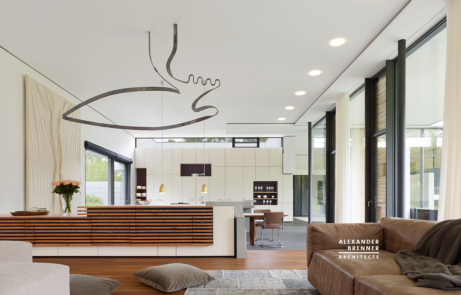 Alexander Brenner Architects Design A Spacious