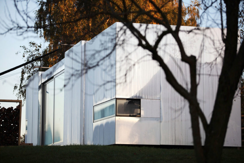 Casa Invisibile by Delugan Meissl Associated Architects (2)