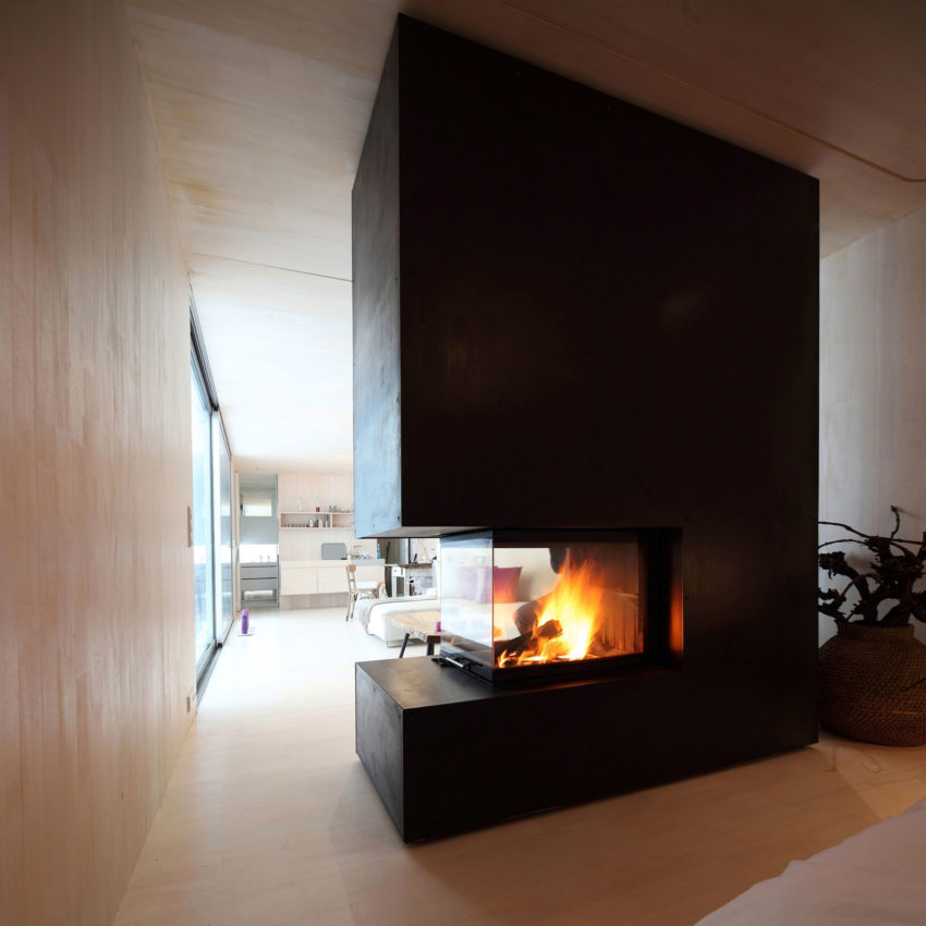 Casa Invisibile by Delugan Meissl Associated Architects (15)