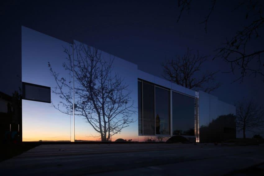 Casa Invisibile by Delugan Meissl Associated Architects (20)