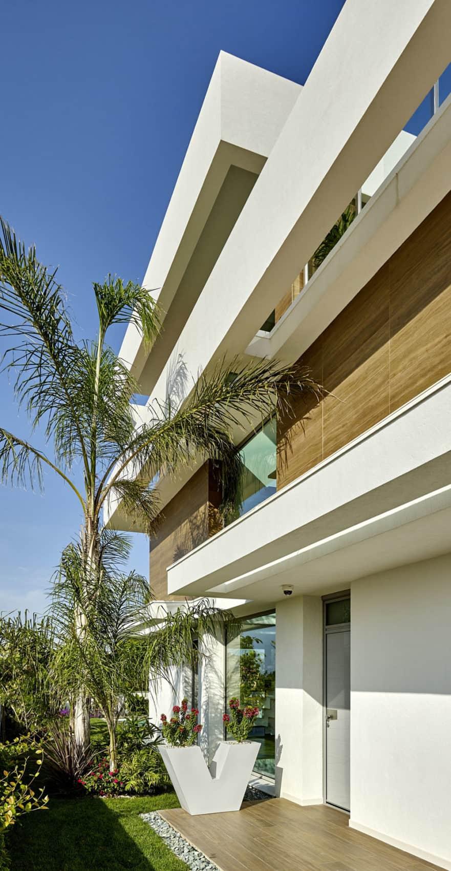 Villa Close to the Sea by White Houses Costa Dorada (8)