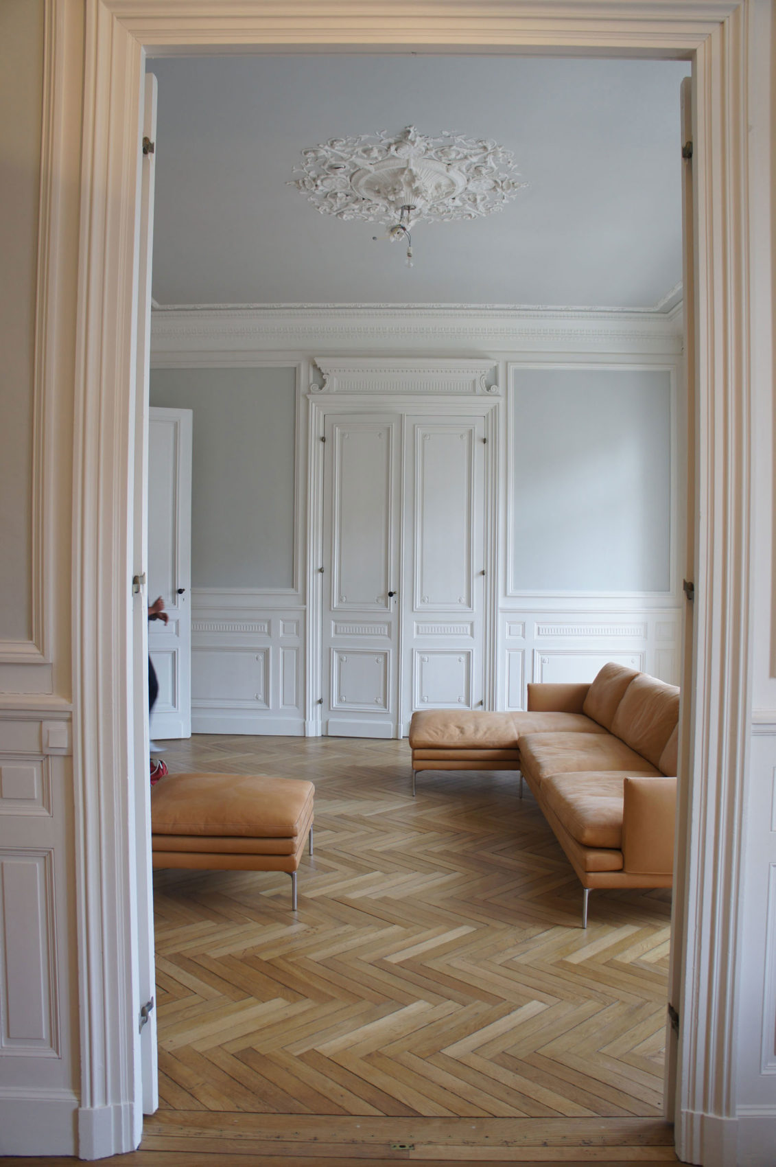 Apartment Building by Daphné Serrado (3)