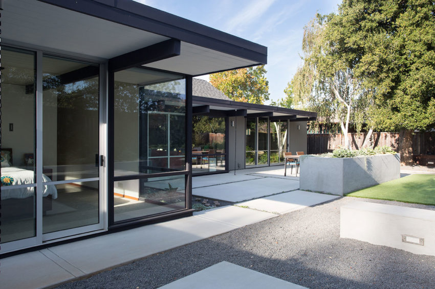 Renewed Classic Eichler by Klopf Architecture (11)
