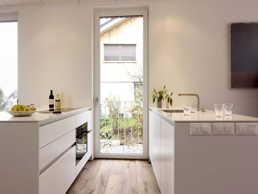The Autumn House by Daniele Claudio Taddei Architect (8)