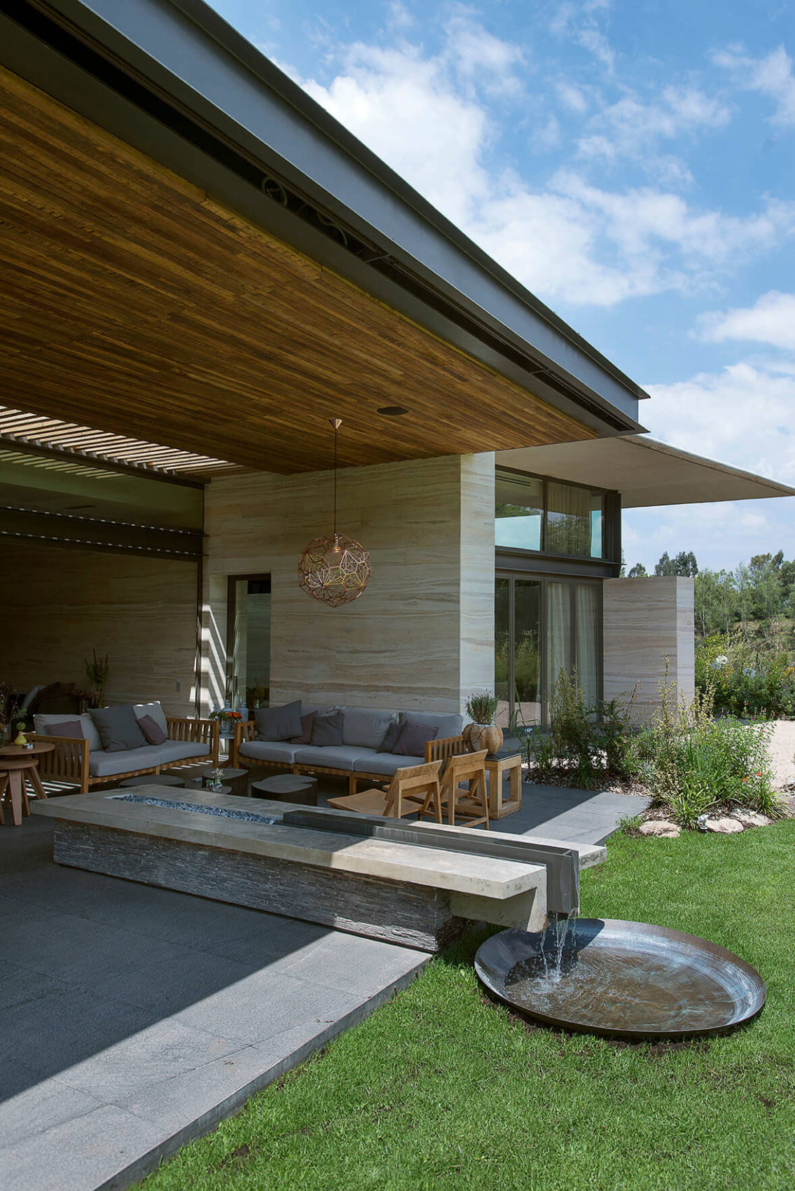 AFS Lomas Country by Vieyra Arquitectos (1)