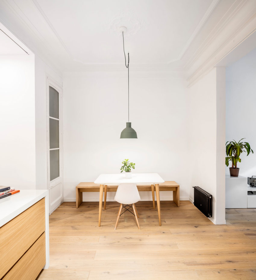 Alan's Apartment Renovation by EO Arquitectura (6)