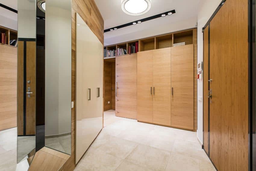 Architectural bureau sretenka designs a contemporary apartment in