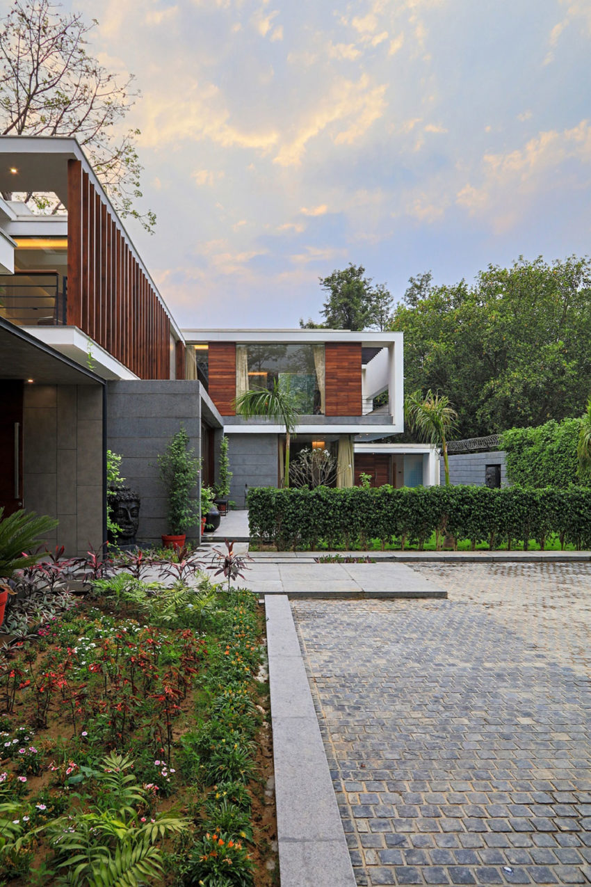 Gallery House by DADA & Partners (3)