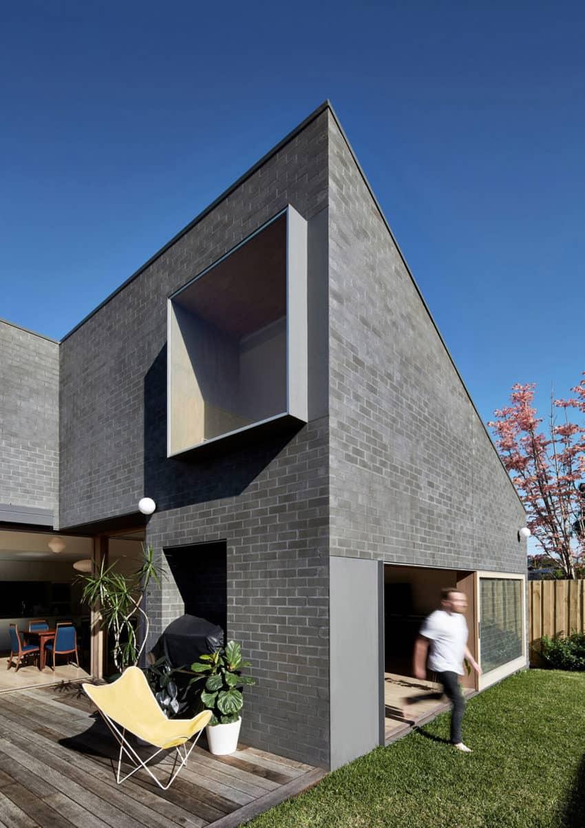 Hoddle House by Freedman White (1)