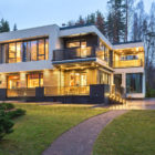 Home in the Banks of Lake by Architectural Bureau A2 (43)