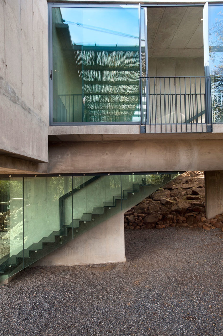 House Gauché by Earthworld Architects & Interiors (5)