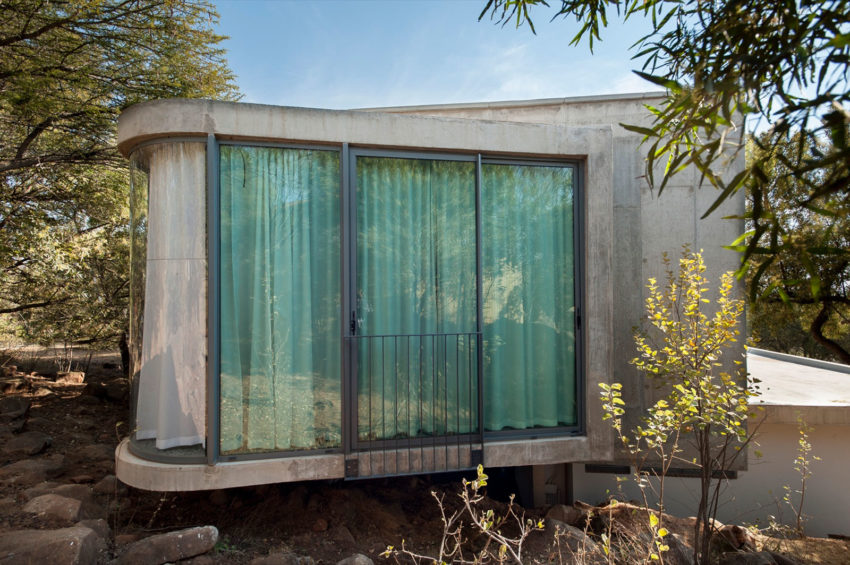 House Gauché by Earthworld Architects & Interiors (10)