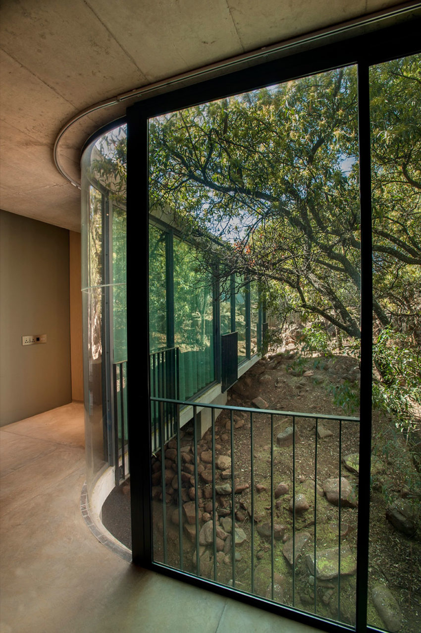 House Gauché by Earthworld Architects & Interiors (11)